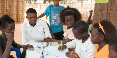 Children in Gambia discussing
