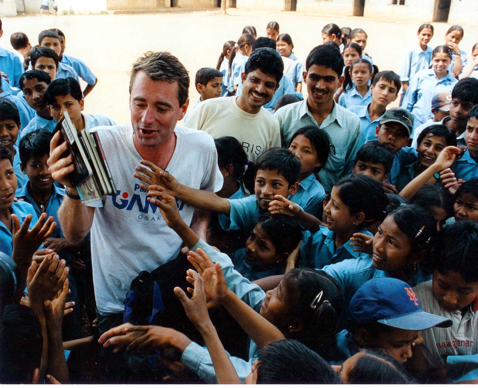 habitacion-de-la-lectura-bibliotecas-paises-en-desarrollo-educacion pobreza proyecto John Wood Room to read-
