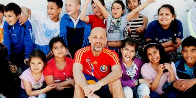 Valeriu with children from Ferentari